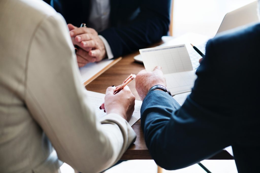 Les quatre questions à poser à votre gestionnaire avant une AG